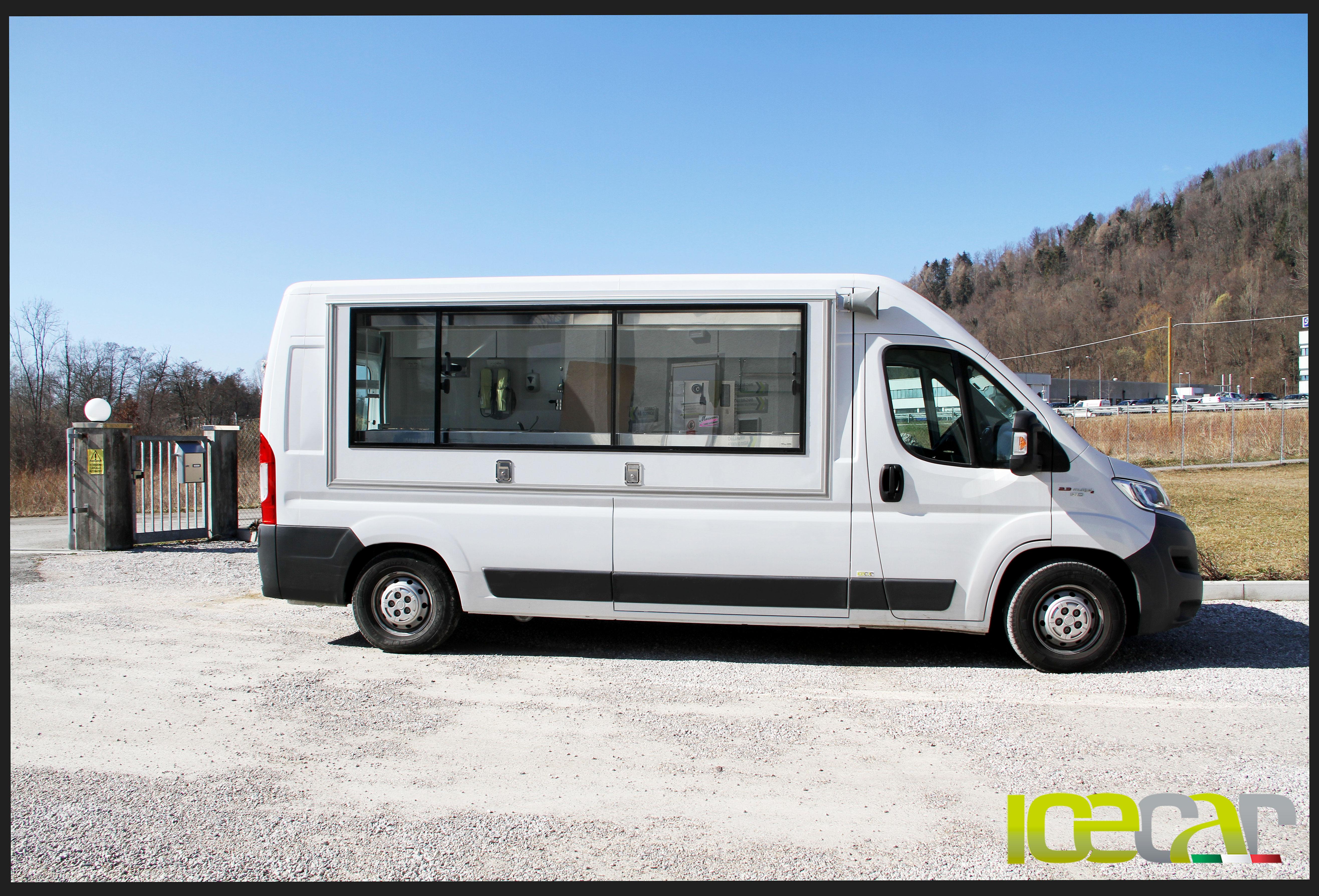 furgone vendita ambulante gelato